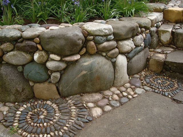 How To Create A Retaining Wall With River Rocks Or Stones Tigard Sand Gravel Llc